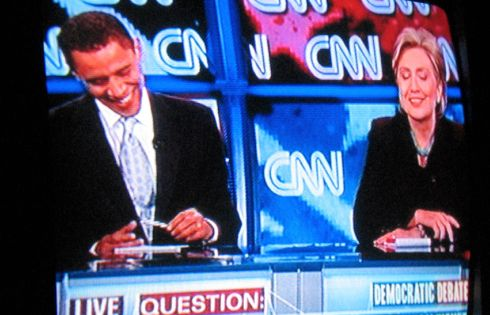PHOTO: Obama and Clinton debating