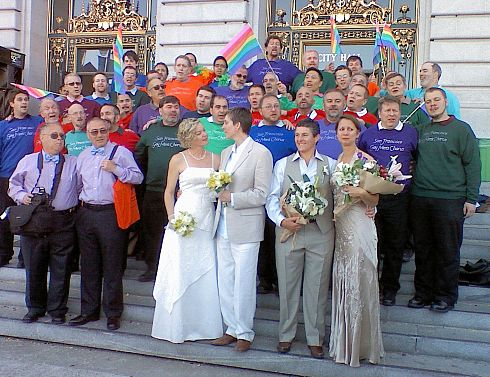 PHOTO: Gay married couples in San Fran.